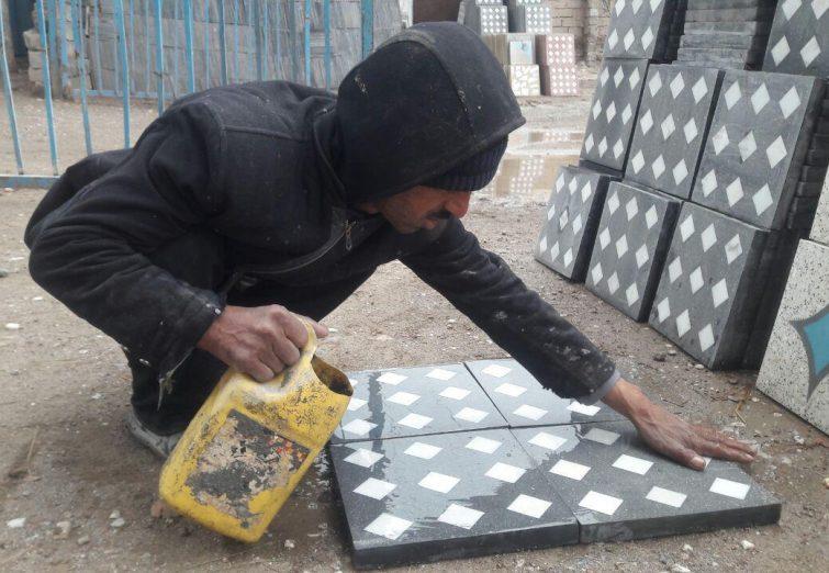 آلبوم عکس: سنگهای هراتی در دستان مردان سختکوش