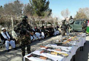 یک فرمانده غیرمسئول ۲۰ میل سلاح را به ریاست امنیت ملی هرات تحویل داد