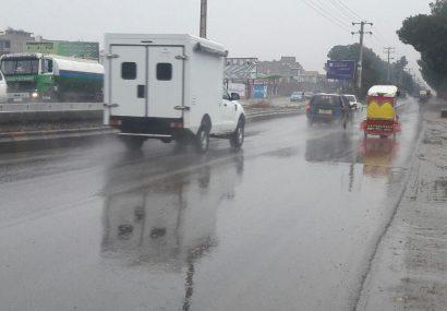 بارانی که تن هرات را میشوید