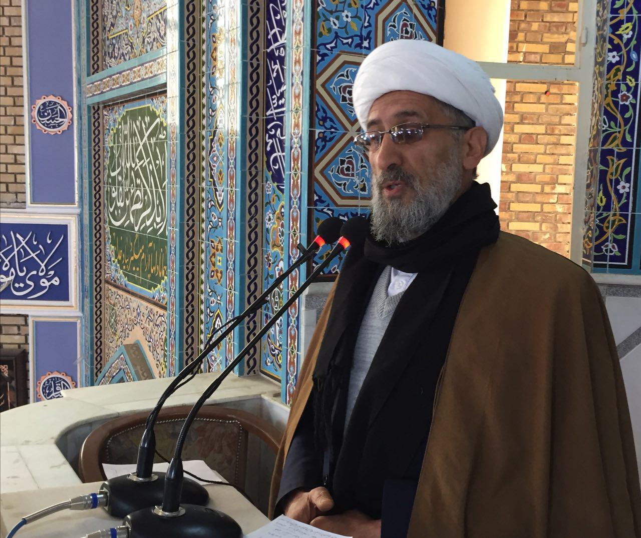 در نماز جمعه صادقیه: دولت باید حضور مستقیم در مذاکرات صلح داشته باشد/افغانستان جای مستکبر و ظالم نیست