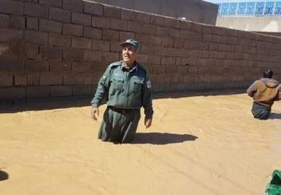 سیلابهای کشنده فراه ۱۰ کشته برجای گذاشت/پلیس سه میلیون افغانی کمک میکند