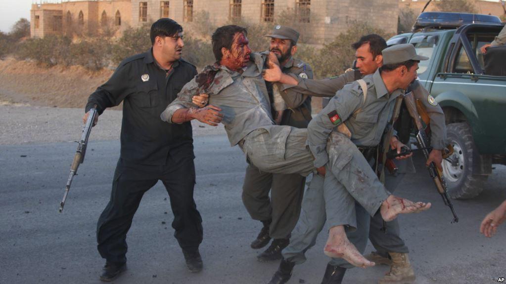 یک سرباز پولیس و یک هراس افکن در فراه کشته شدند