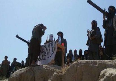 طالبان با ورود به مرکز بالامرغاب، نیروهای دولتی را به تسلیم فراخواندهاند
