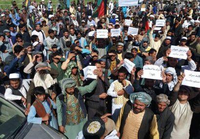 شاهراه هرات-چشت توسط مردم مسدود شد