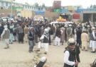 صدها کارگر گمرک، جاده هرات – تورغندی را مسدود کردند