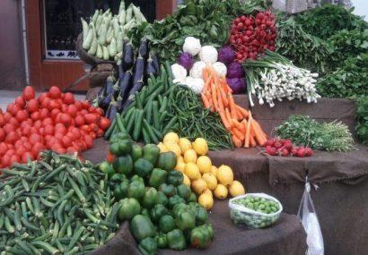 قیمت هر کیلوگرام میوه و سبزیجات فراه به یک تا سه افغانی کاهش یافته است