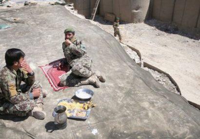 نیروهای قرارگاه تحت محاصره ارتش در بالامرغاب بادغیس آب و نان کافی ندارند