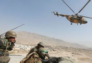 قوای زمینی و هوایی افغان در فراه دو انبار تسلیحات طالبان را از بین بردند