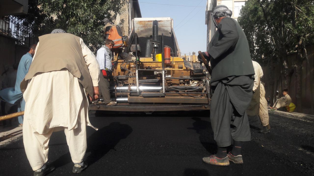 حکومت و مردم هرات سهیم در بازسازی