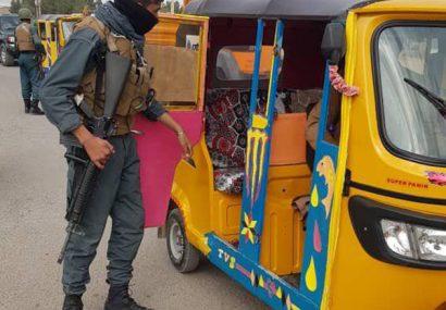 پولیس هرات موتورسایکلها و ریکشاهای بدون جواز سیر را جمعآوری میکند