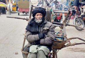 سرمای هرات و انتظار کارگران برای لقمه نانی حلال