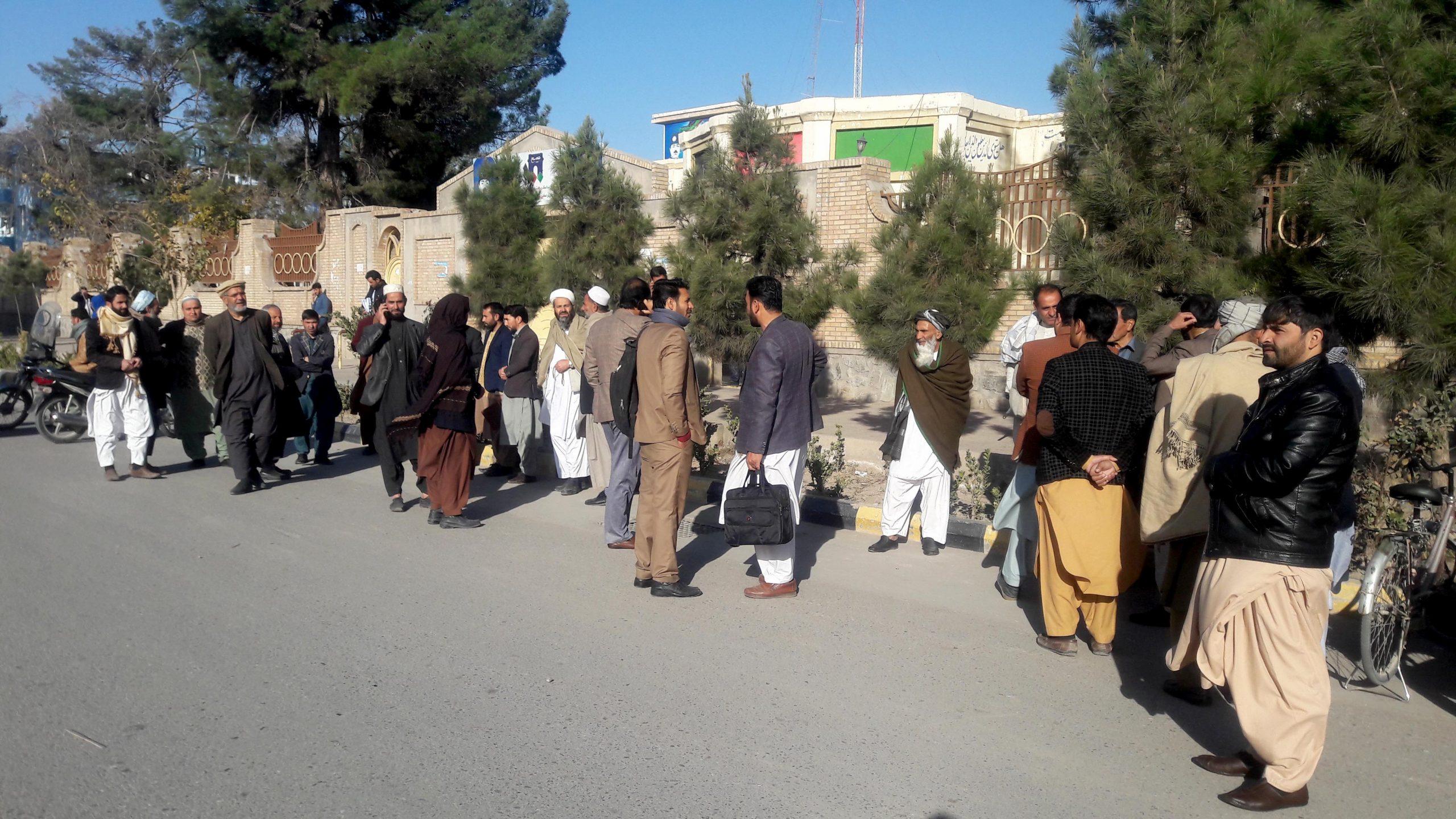 آموزگاران انجیل هرات به تأخیر دو ماهه پرداخت معاششان اعتراض کردند
