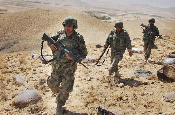 نیروهای تحت محاصره بالامرغاب بادغیس چیزی برای خوردن ندارند