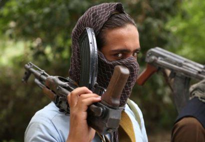 یک طراح حملات طالبان در بادغیس دست از جنگ کشید