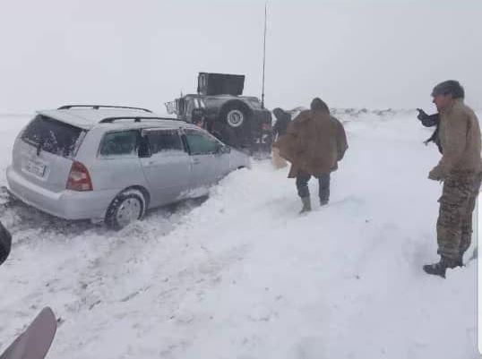 برفباری هرات جان دو نفر را در ادرسکن گرفت