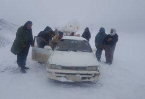 بارش برف تمام شاهراههای منتهی به هرات را مسدود کرد