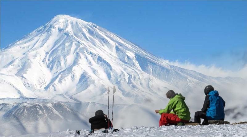 کوهنوردان هرات به سمت صعود قله دماوند رفتند