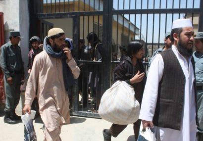 بیشتر از ۱۲ هزار زندانی به مناسبت ۸ ثور و جلوگیری از شیوع کرونا آزاد میشوند