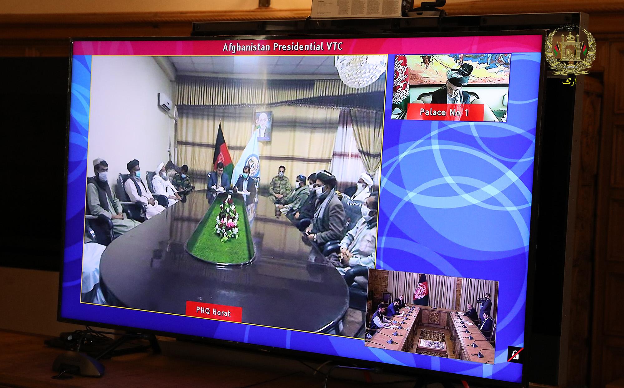 محمد اشرف غنی با مقامهای ولایت هرات درمورد حادثه اخیر مرزی گفتگو کرد