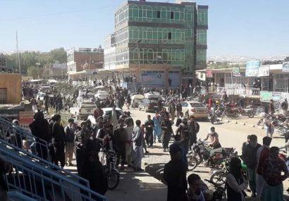 چهار کشته و ۲۰ زخمی در تظاهرات غور/قتل یک خبرنگار در حال مصاحبه با مردم