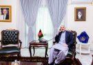 حنیف اتمر با سفیر انگلیس درمورد افغانستان گفتگو تلیفونی کردند