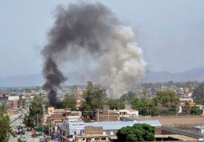 حمله راکتی در حین سخنرانی اشرف غنی در غزنی