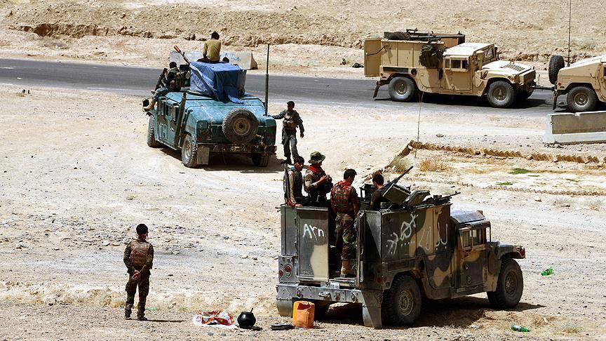 بقای ولسوالی قادس بادغیس در خطر است/طالبان به نزدیکی دروازههای مرکز ولسوالی رسیدند