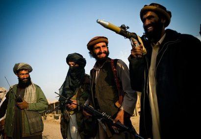 جنگ نرم طالبان غور با پخش شبنامه ها