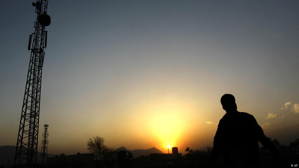 طالبان انتقام حمله نیروهای امنیتی در بالامرغاب را از مردم میگیرند