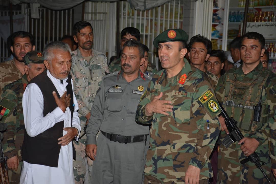 آلبوم عکس دیدار فرمانده ارتش غرب کشور از مراسم عاشورایی هرات