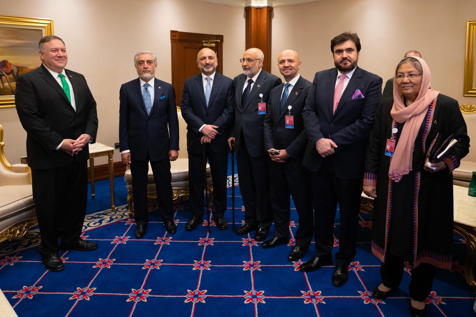 دیدار پمپئو با عبدالله و اتمر در حاشیه گفتگوهای بین الافغانی در دوحه