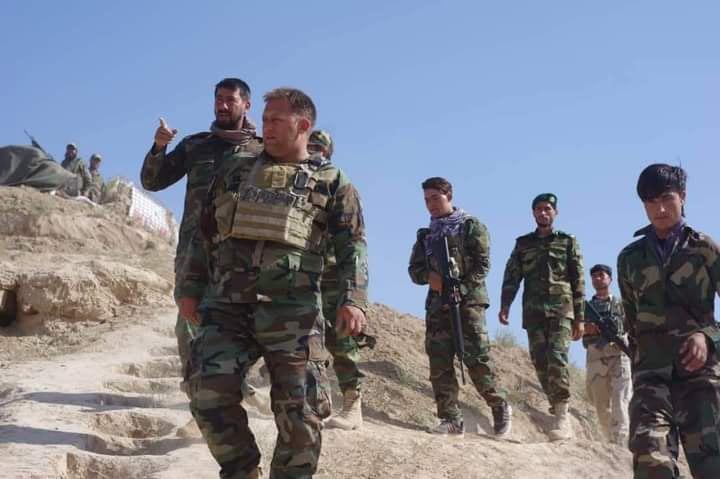کشته شدن رئیس ارکان اردو ملی و زخمی شدن ۱۱ تن دیگر از سربازان
