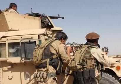 در درگیری بین دولت و طالبان چهار طالب و یک نیروی امنیتی کشته شدند