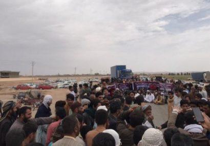 صحبت های نماینده معترضان در شاهراه هرات – اسلام قلعه: پول ما را بدهید!