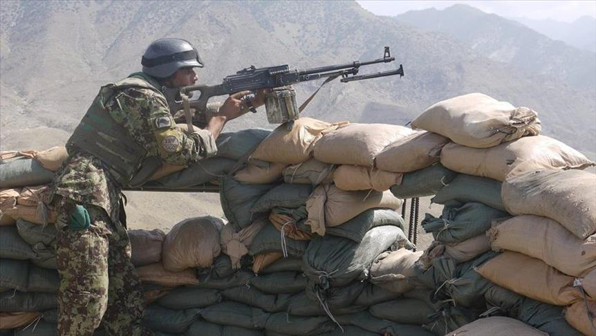 هفت پولیس با خیانت یک همرزمشان در فراه به دست طالبان اسیر شدند