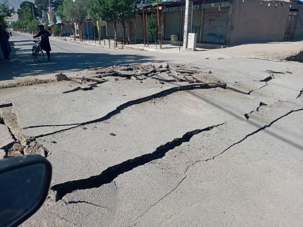 جنگ میان نیروهای دولتی و طالبان در ولسوالی اوبه هرات/ طالبان یک پُل را تخریب کردند