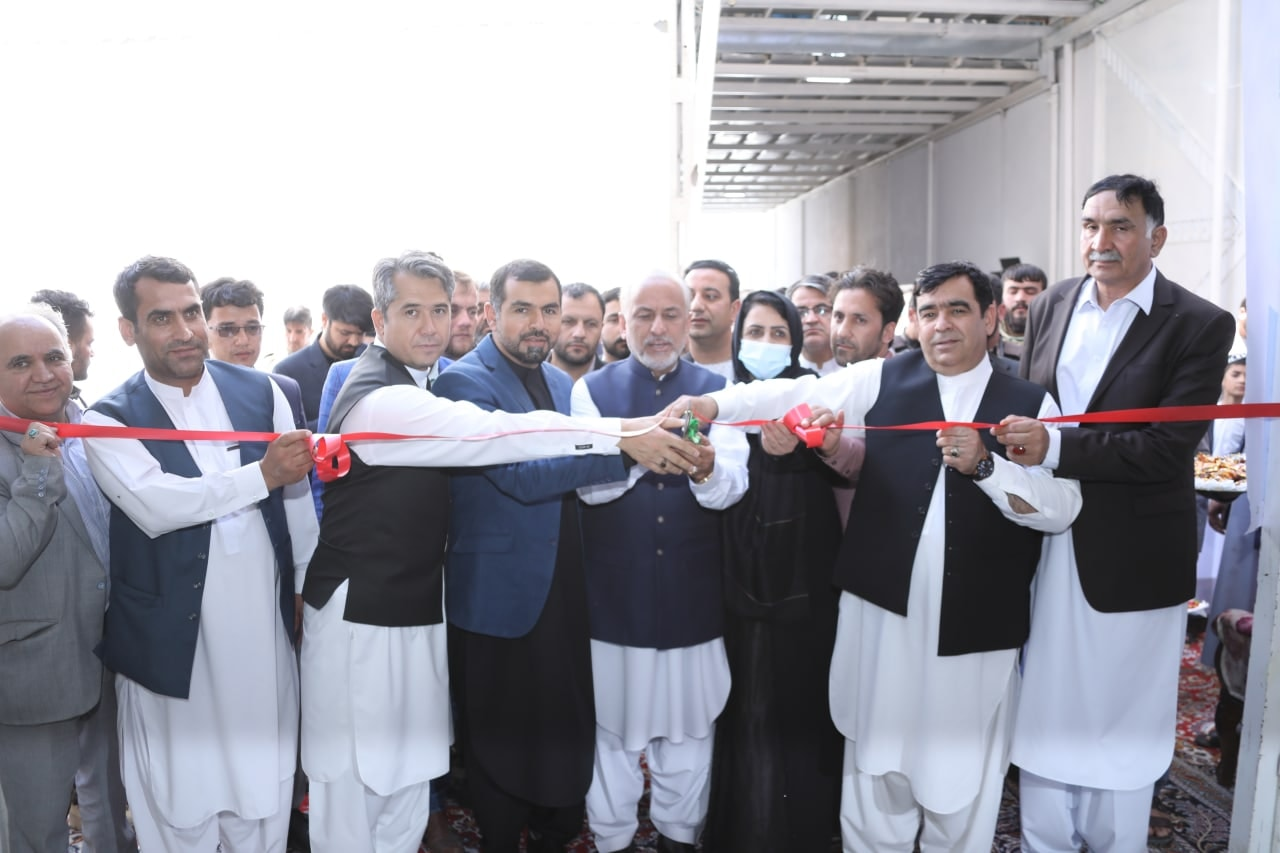 افتتاح سه کارخانه تولیدی به هزینه نزدیک به ۱۰ ملیون دالر در شهرک صنعتی هرات