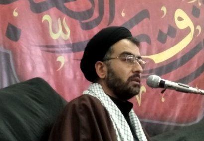 وضعیت فعلی جوامع اسلامی شناخت هرچه بهتری بزرگان همچون علی را اقتضا میکند