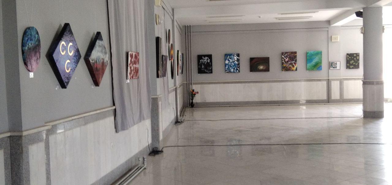 """برگزاری نمایشگاهی تحت نام """"صلح رنگین تضادها"""" در دانشگاه هرات"""