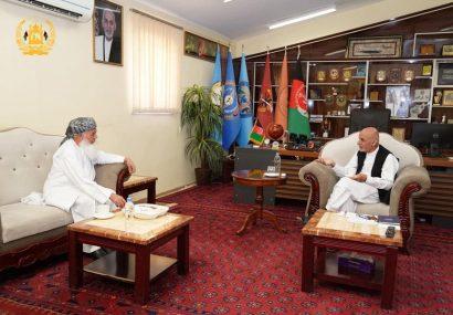 دیدار رئیس جمهور با محمد اسماعیل خان، رهبر جهادی در هرات