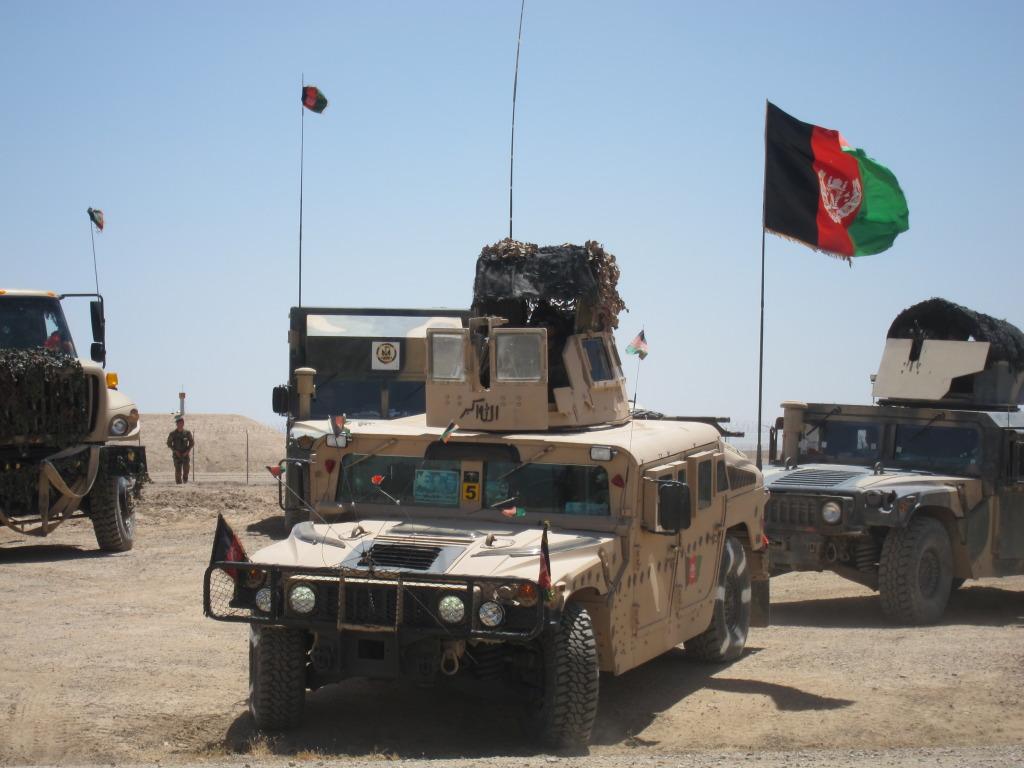 نیروهای ارتش قرارگاه بزرگ فراهرود  فراه را تخلیه کردند
