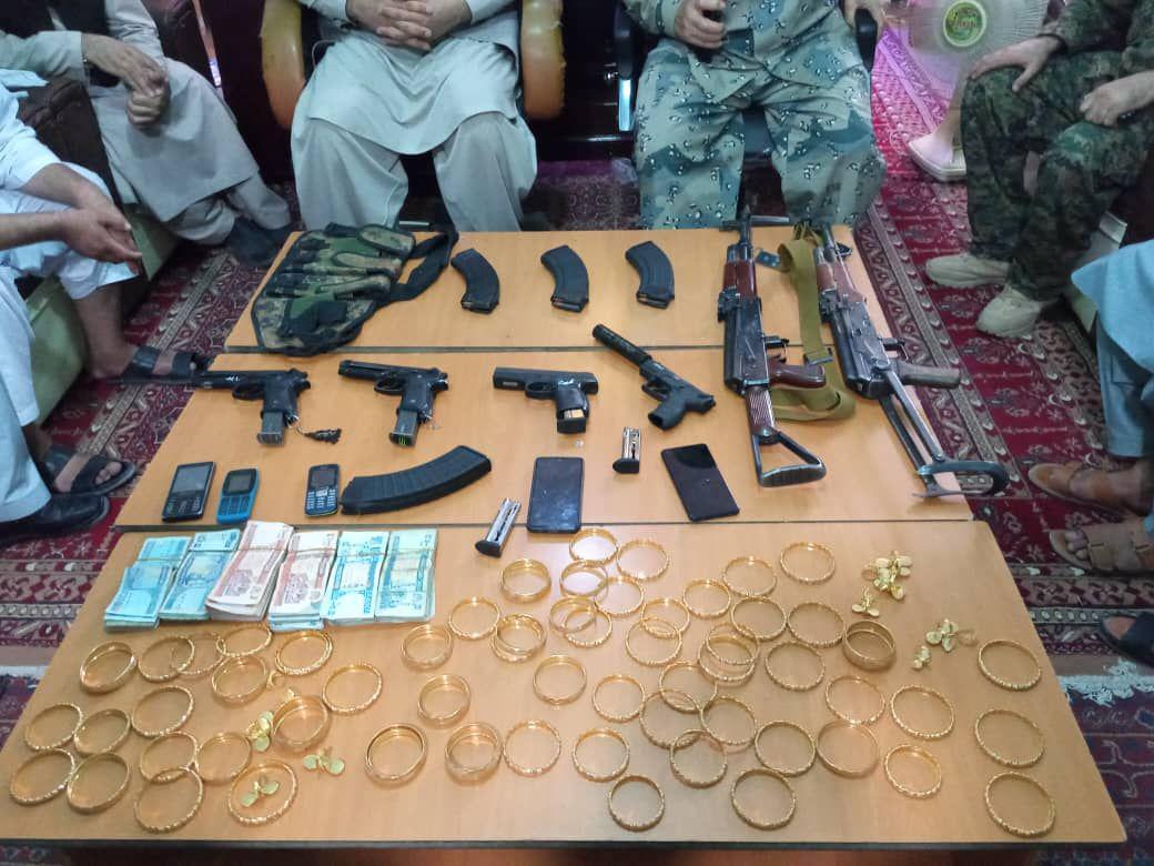 دستگیری یک گروپ از دزدان مسلح در فراه