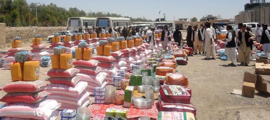 در نزدیکی زمستان حدود ۱۴۰۰ خانواده کمک رسانی شده است