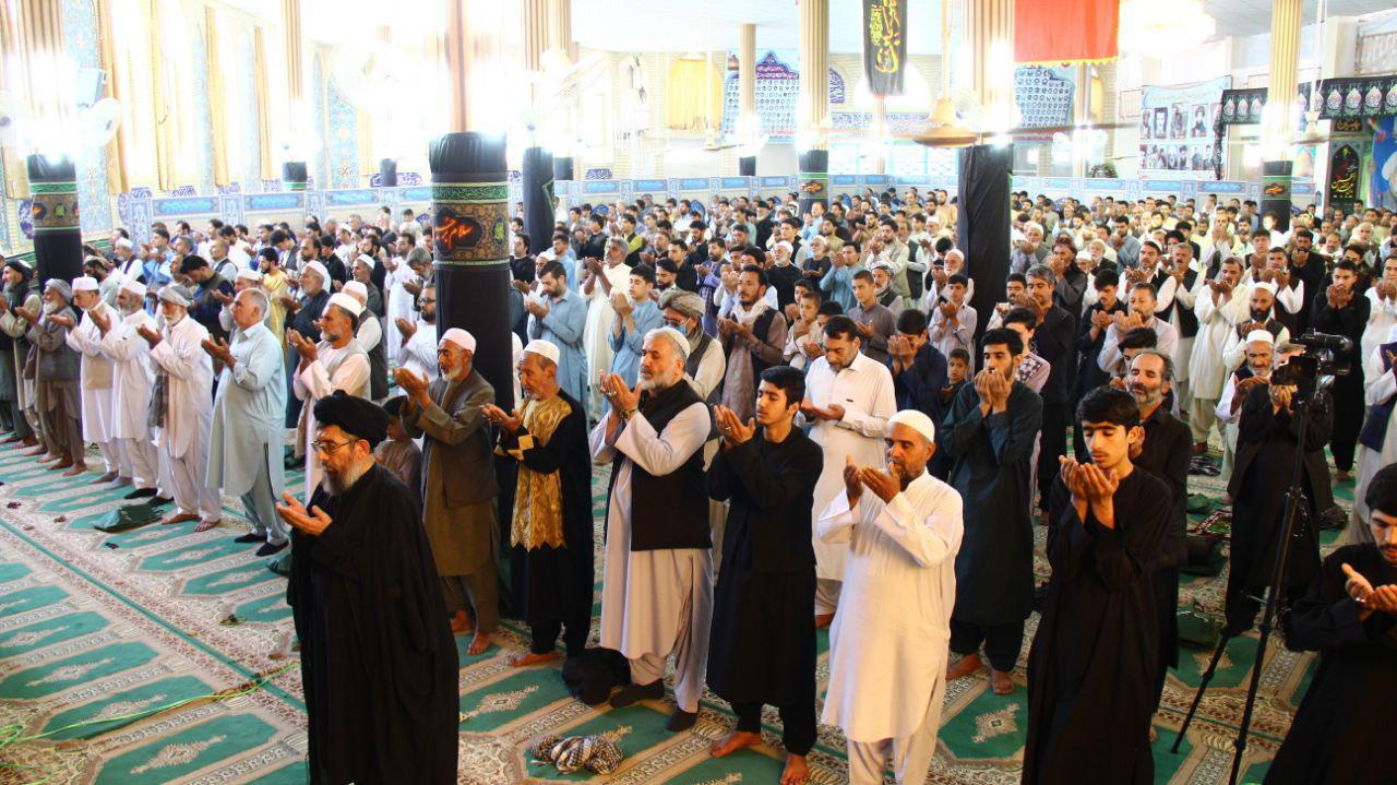 گزارش تصویری از اقامه نماز جمعه در مسجد محمدیه جغاره